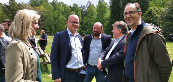 Avec la MSL (Erika Claes, Jacques Devillers, Thierry Chamberland), Philippe Courard et le député provincial Stephan de Mul